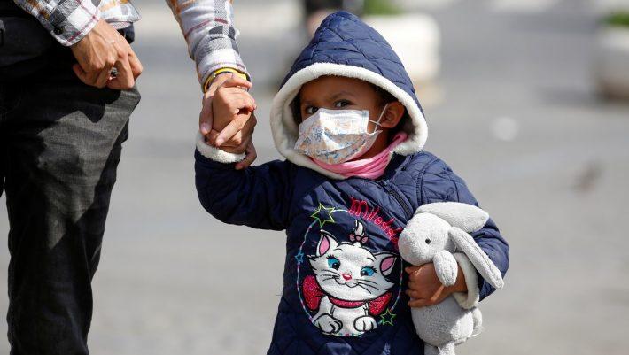 Κορωνοϊός και παιδιά: Το μυστήριο που αν λυθεί θα οδηγήσει στη θεραπεία