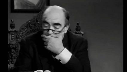 Γυρίστηκε 10 φορές απ' τα γέλια: Η πιο αστεία σκηνή του ελληνικού σινεμά που παραλίγο να… ξεκάνει το συνεργείο(Vid)