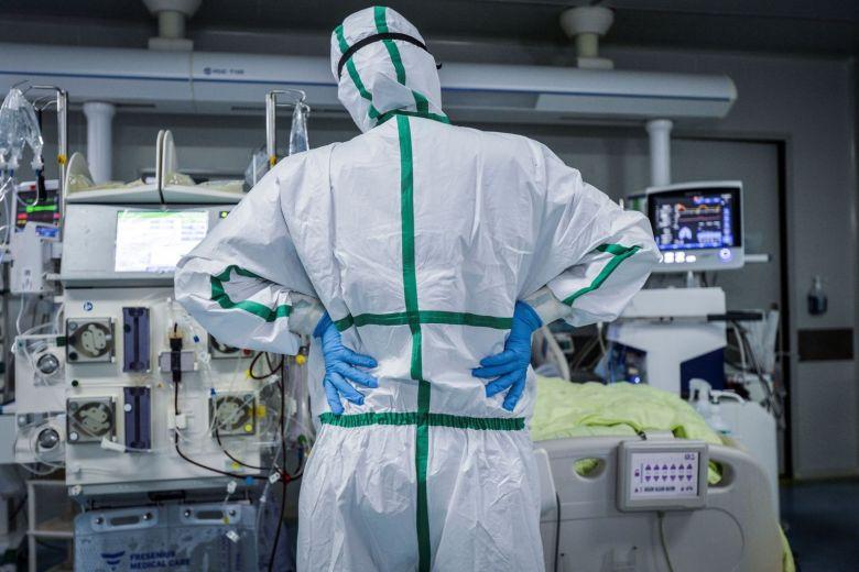 Το επίσημο τέλος της πανδημίας: Η ημερομηνία-σταθμός που θα είναι έτοιμο το εμβόλιο