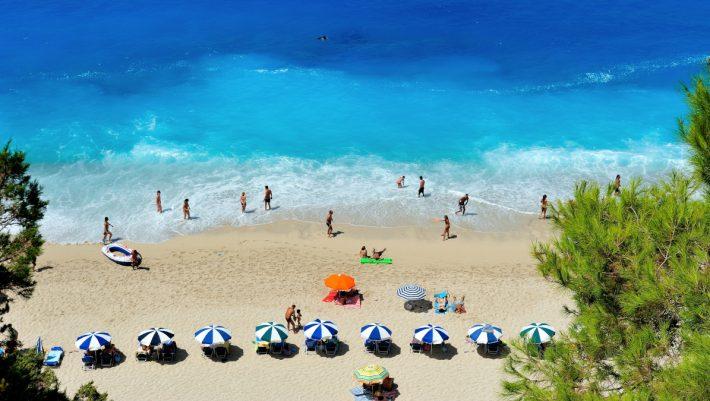 Καλοκαίρι 2020: Η νέα τάση για διακοπές που κάνει θραύση στην Ελλάδα