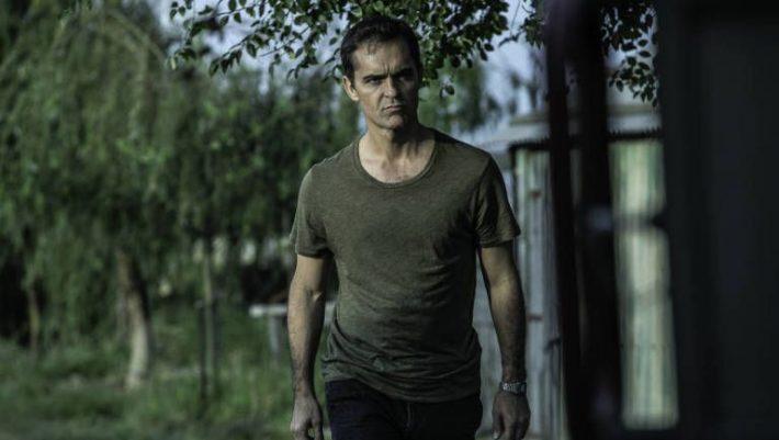 "The Silence of the Marsh: Μια από τις πιο απογοητευτικές ταινίες στο Netflix κρατιέται μόνο χάρη στον ""Berlin"""