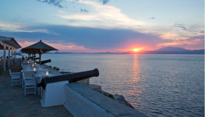 29€ και έφτασες : Το νησί για κοντινές διακοπές που αν το επισκεφτείς μια φορά, δεν θα το ξαναλλάξεις ποτέ