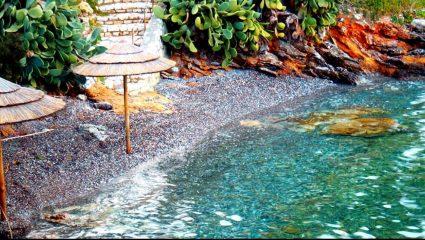 Οι ντόπιοι είπαν «όχι» στα αμύθητα λεφτά: Το ελληνικό νησί με τις παραλίες-λάδι που ήθελε σαν τρελός ο Ωνάσης (Pics)