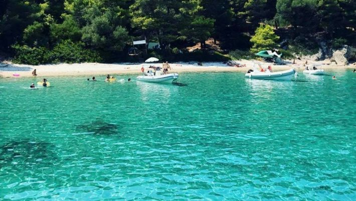Καταφύγιο που δεν αγγίζει ο covid-19: Το άγνωστο νησί-όνειρο που είναι το πιο πράσινο της Ελλάδας