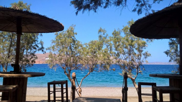 Η πρωταθλήτρια του εσωτερικού τουρισμού: Το μικρό νησί που είχε φέτος 100% πληρότητα και πάνω από 50% Έλληνες τουρίστες (Pics)