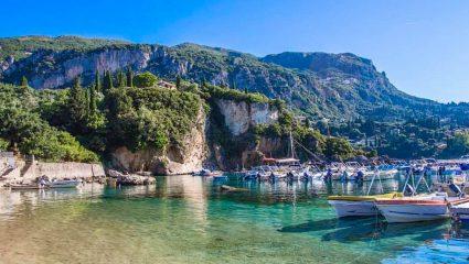 Ξεκούραστες, ασφαλείς διακοπές, ονειρικό φαγητό: Η Κέρκυρα φέτος το καλοκαίρι παίζει χωρίς αντίπαλο (Pics)
