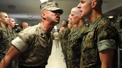 6 μικροί «εφιάλτες» της καθημερινότητας που σου αφήνει ο στρατός