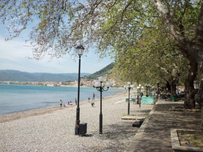 Ούτε καράβι, ούτε συνωστισμός: Η πόλη σε «συσκευασία» νησιού που αξίζει να προτιμήσεις φέτος