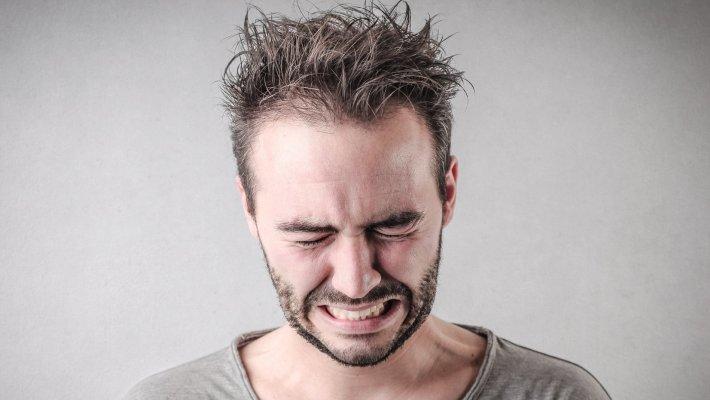 Λέξη και μαχαιριά στην καρδιά: Οι 5 λέξεις που πονάνε περισσότερο έναν άνδρα