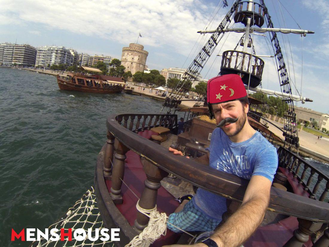 Ο μόνος τρόπος για να υποχωρήσουν τα τουρκικά πλοία πίσω στη βάση τους (Pics)