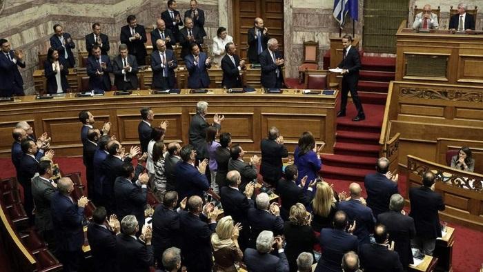 Κυβερνητική κηλίδα: Το μεγαλύτερο ατόπημα της ΝΔ στον 1 χρόνο εξουσίας, που υποσχόταν ότι δεν θα κάνει ποτέ