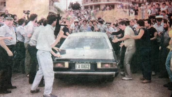 Η «μάχη της Καλογρέζας»: Η μέρα που το πανελλήνιο είδε live την αστυνομία να γαζώνει τον Μιχάλη Πρέκα