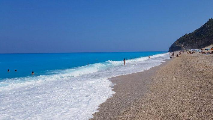 Ταξίδι χωρίς καράβι: 3 πανέμορφα νησιά στα οποία πηγαίνεις οδικώς, για ασφαλείς και low budget διακοπές