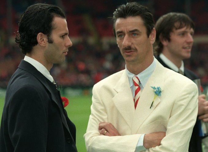 Ξεπέρασε και τον Νάγκελσμαν: Το κοστούμι - έπος του Πιτίνο που τον έφερε στο Nο2 των πιο κακοντυμένων προπονητών όλων των εποχών (Pic)