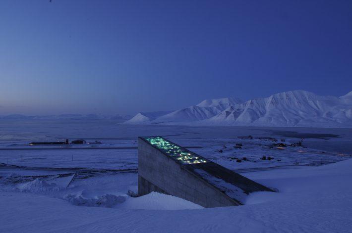 120μ. μέσα σε βουνό: Η καλύτερα φρουρούμενη τράπεζα στον κόσμο κρύβει την τελευταία ελπίδα της ανθρωπότητας