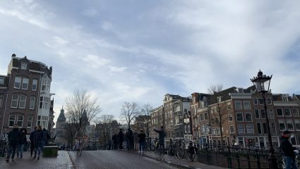 Ξεπέρασαν και τους Σουηδούς: Το πρωτοφανές covid μέτρο των Ολλανδών στα σχολεία αγγίζει τα όρια της τρέλας