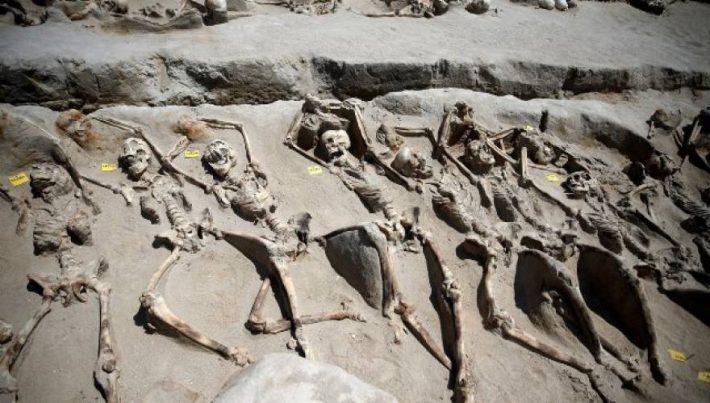 Η νεκρόπολη των βιαιοθανάτων: Η εκπληκτική αρχαιολογική ανακάλυψη στο Φάληρο που προκάλεσε παγκόσμια αίσθηση