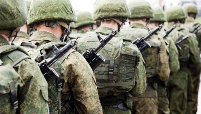 Από το «ούτε μια μέρα στο στρατό», μέχρι το «στράτευση στα 18»
