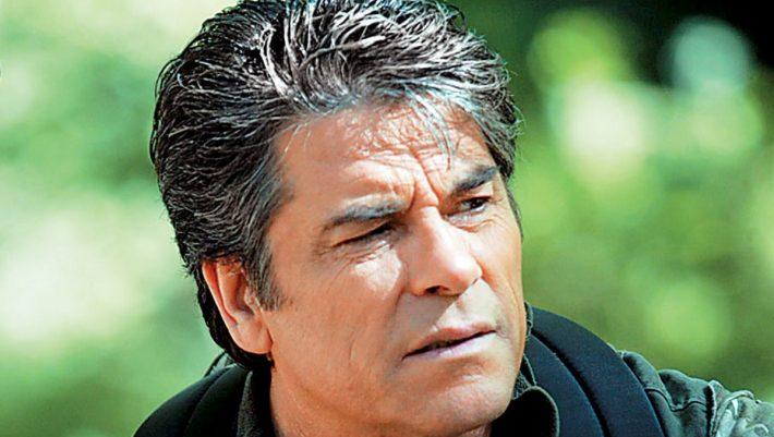 Πάνος Μιχαλόπουλος: Ο ζεν πρεμιέ που βρήκε στη νέα του ζωή όσα έχανε τόσα χρόνια στην τηλεόραση