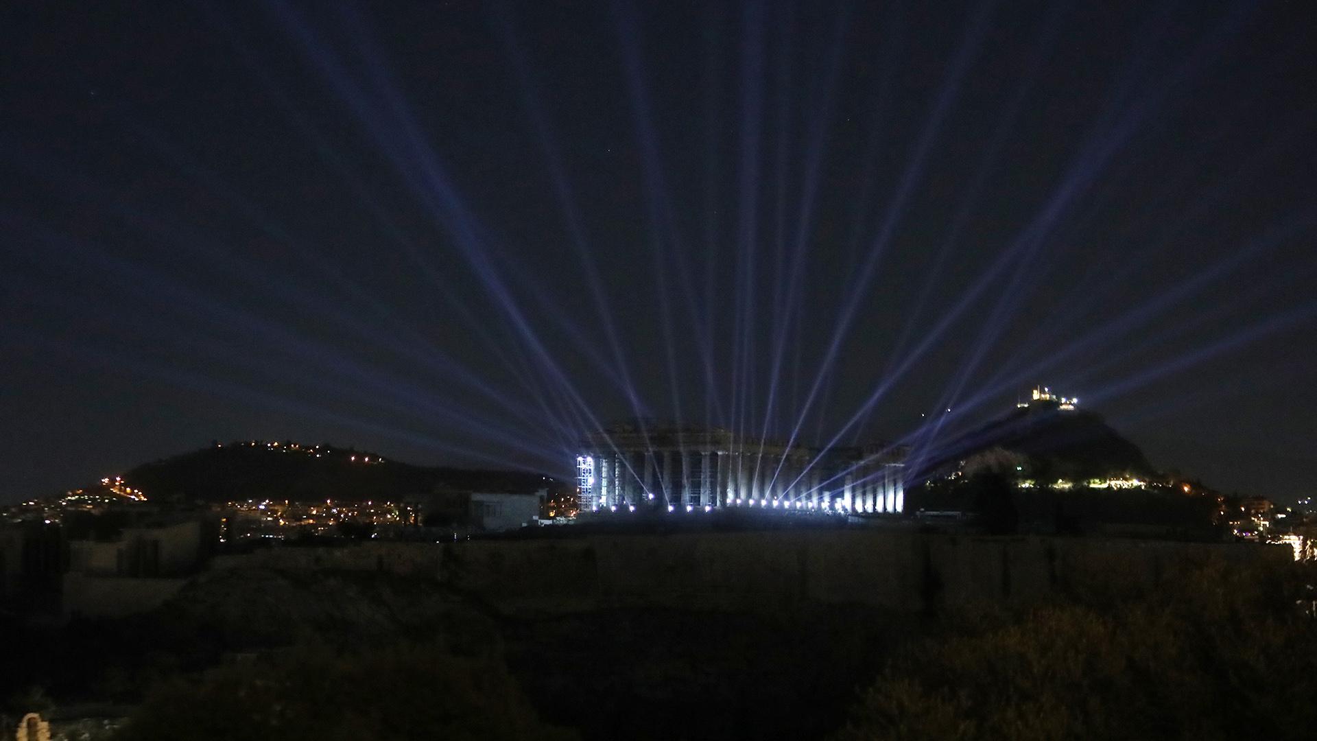 Αυτές είναι οι χρήσεις του νέου φωτισμού της Ακρόπολης (Pics)