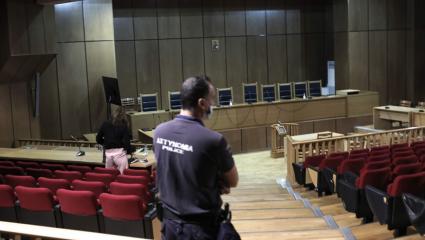 Δίκη Χρυσής Αυγής: Μετράμε αντίστροφα για την ιστορική απόφαση