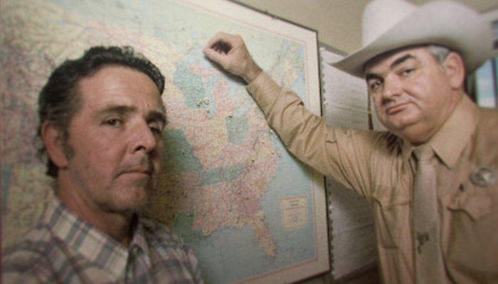 Το τέρας της διπλανής πόρτας: Ο serial killer με τις 600 ομολογίες που κορόιδεψε το σύστημα
