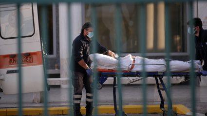 Σοκ στην Καλαμάτα: Νεκρός ο διευθυντής της κλινικής COVID