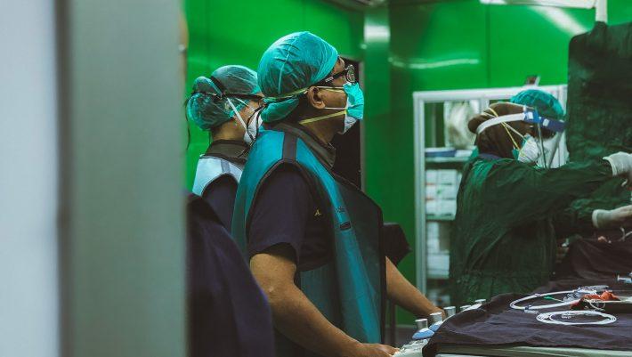 Η μεγάλη ελπίδα: Το νέο όπλο κατά του covid που μπορεί να αποσυμφορήσει τα νοσοκομεία
