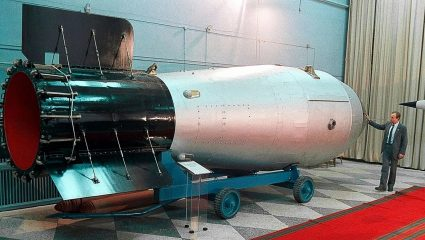 Tsar Bomba: Η πυρηνική έκρηξη που ήταν ισάξια με 3.333 «Χιροσίμα»