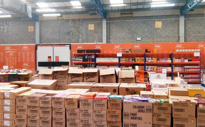 «Όχι ακριβά brands, μόνο τίμιες τιμές»: Το super market με τα προϊόντα των 50 λεπτών φέρνει πραγματική επανάσταση