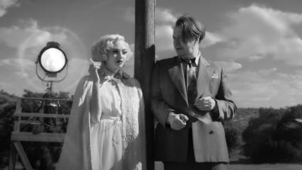 Mank: Ο Ντέιβιντ Φίντσερ έκανε μια ταινιάρα άλλης εποχής
