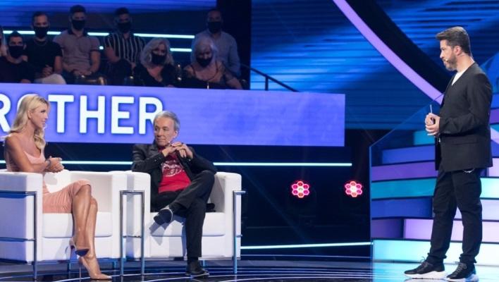 Όποιος το είδε, ξέρει: Το μεγάλο «φάουλ» του Χάρη Βαρθακούρη στον τελικό του Big Brother (Vid)