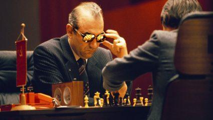 Υπνωτιστές, Γιόγκι και mind games: Η σκακιστική τιτανομαχία που εξελίχθηκε σε ψύχωση