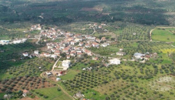 Κυψέλη παραγωγής πτυχιούχων: Το ελληνικό χωριό που μπήκε στα ρεκόρ Γκίνες χάρη σε ένα εξωπραγματικό επίτευγμα