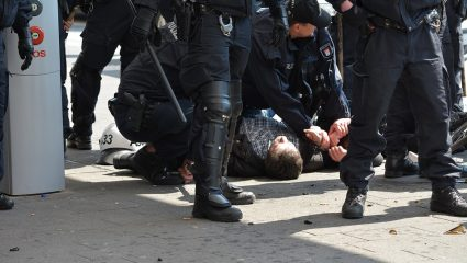 «Dead man walking»: Ο «μελλοθάνατος» εισαγγελέας που τόλμησε να δέσει την πιο σκληρή εγκληματική οργάνωση