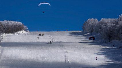Χιονοδρομικά κέντρα: Στο τραπέζι το άνοιγμα 8 Φεβρουαρίου – Με έγγραφο η μετακίνηση εκτός νομού