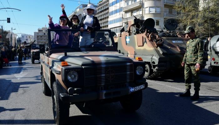 Ο θρύλος των τεσσάρων τροχών της ΕΛΒΟ: Τέλος εποχής για το πιο αναγνωρίσιμο τζιπ στην Ελλάδα (Pics)