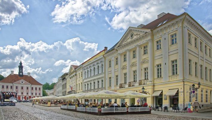 Η «τίγρης της Βαλτικής»: Η χώρα-παράδεισος που δεν χρωστάει σε κανέναν