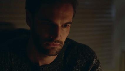 Φινάλε που σε αφήνει με στόμα ορθάνοιχτο: Η πιο «άρρωστη» σειρά του Netflix αρρώστησε και εμάς (Vid)