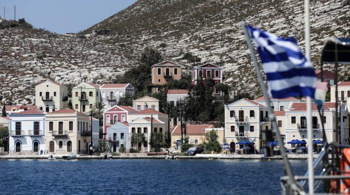 Εμβολιάστηκε το 100% των κατοίκων: Το πρώτο ελληνικό νησί με covid free σφραγίδα που φέτος θα γίνει ο νο1 προορισμός