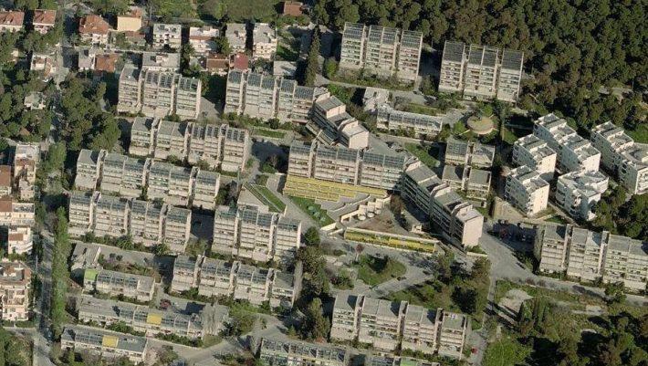 Μοναδικό στον κόσμο: Το φιάσκο του ελληνικού «χωριού του ήλιου» που θα 'χε εξοικονόμηση 90%