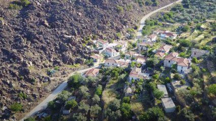 Φυσικές σπηλιές ως ψυγεία: Το ελληνικό χωριό που φτιάχτηκε από λάβα εκμεταλλεύεται τη δύναμη της φύσης