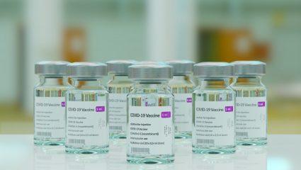 Φτηνό αυτογκόλ: Το μεγάλο λάθος της AstraZeneca με το εμβόλιο…