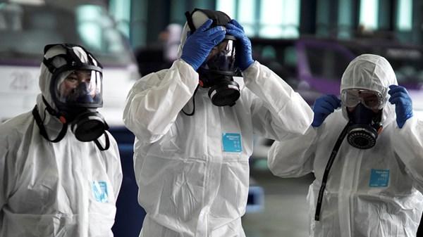 Έκρηξη μολύνσεων από νοροϊό στην Αγγλία μετά την άρση των μέτρων για τον κορωνοϊό