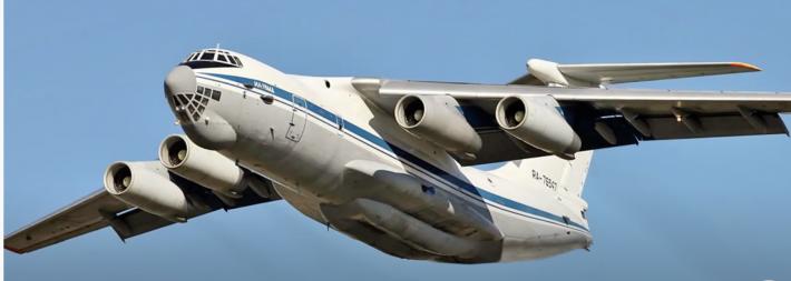 Ilyushin Il-76: Έρχεται το ρωσικό, ιπτάμενο τάνκερ που βομβαρδίζει με νερό και «βρέχει» στην περιοχή ακατάπαυστα