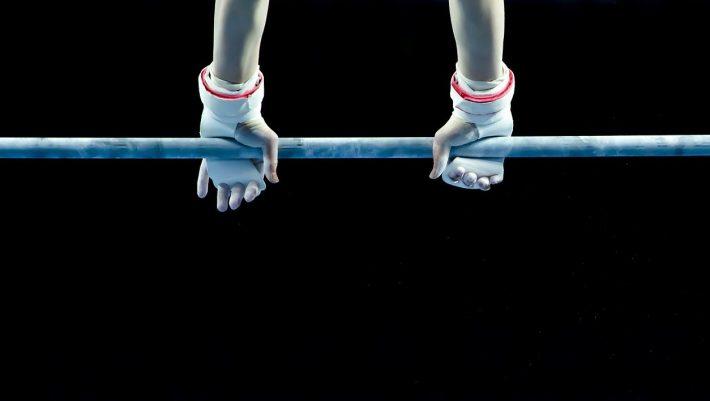 Απαγορεύτηκε διά παντός: Η γυμνάστρια που ρίσκαρε τη ζωή της στην πιο επικίνδυνη άσκηση στην ιστορία της ενόργανης