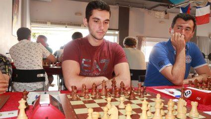 Nικόλας Θεοδώρου: Αυτός είναι ο 21χρονος σκακιστής φαινόμενο που αναδείχτηκε Γκραντ Μετρ