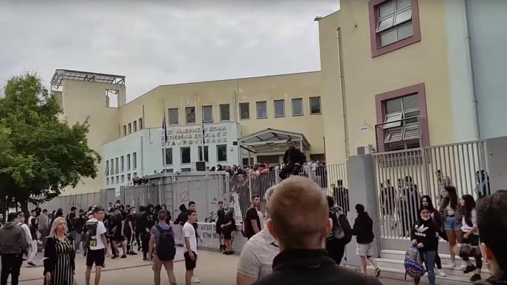 Πίσω από την «κουρτίνα»: Το ξύλο στο ΕΠΑΛ Σταυρούπολης μαρτυρά την αλήθεια που όλοι παλεύουν να κρύψουν